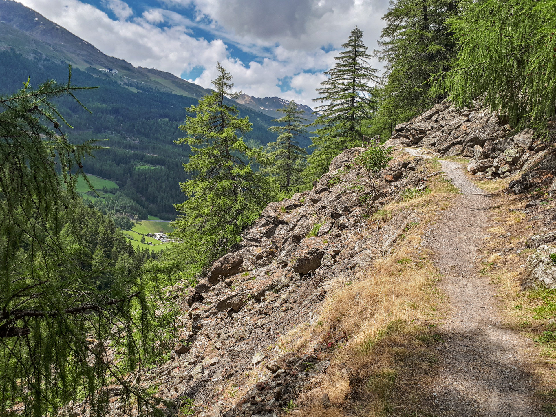 Открытый участок на Kühtrainschlucht Trail